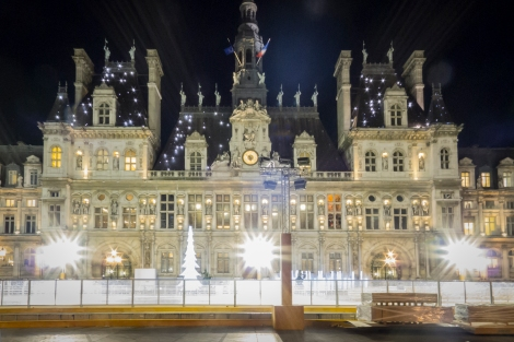 Hotel de Ville, Sparkling in the Night