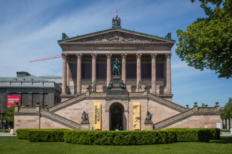 The Alte Nationalgalerie, showing neoclassical, romantic, Biedermeier, Impressionist and early Modernist artwork.  Sadly, we didn't have the time or energy to go inside...