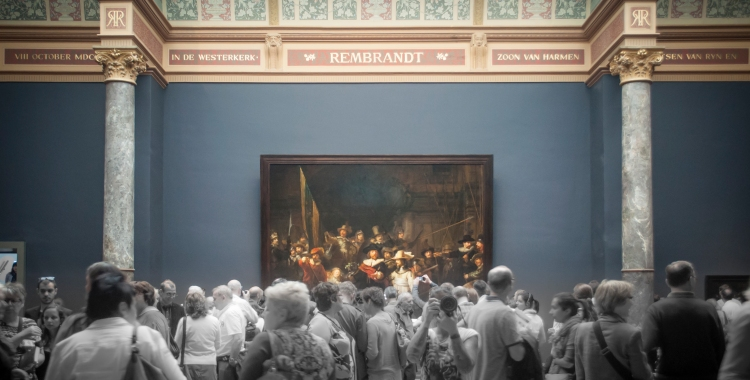 The massive crowd trying to get a peek at The Night Watch. This piece of art is so precious to the museum that there is a slot in the floor under the painting. In times of emergency (such as during WWII), the painting can be lowered through this slot in the floor to be protected below.